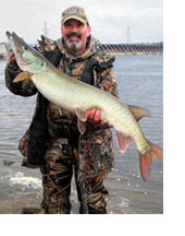 Jim Sarawatski with a muskie from the Wisconsin River.