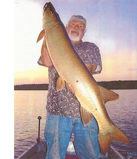 Smitty with a Northwoods muskie.
